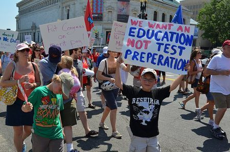 This Week In Education: Picture: Mis-Spelled Anti-Testing Sign | Education News | Scoop.it