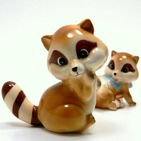 Raccoon Figurine Pair Vintage 1960s Mid Century by BlissandVinegar | Raccoons | Scoop.it