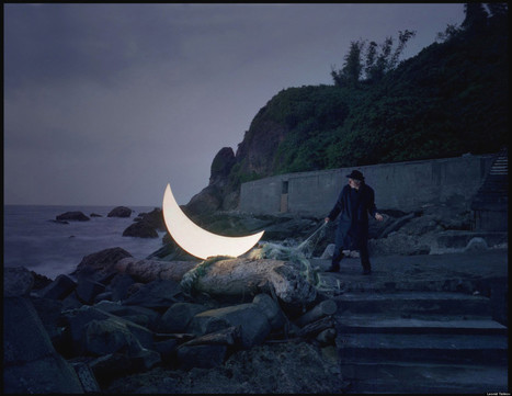 A Russian Artist And His Moon | Strange days indeed... | Scoop.it