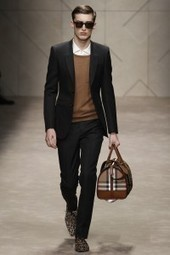 Burberry Menswear To Show In London   Fashion Snoops Blog   crazy about fashion   Scoop.it