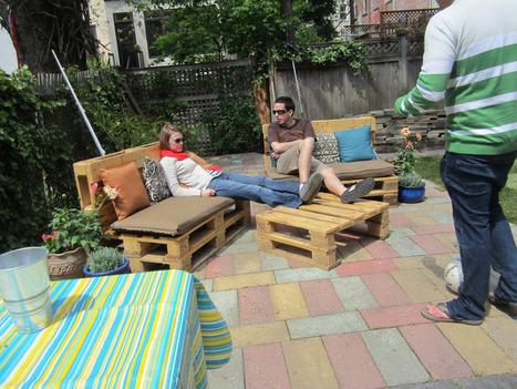 DIY Outdoor Pallet Furniture | Garden Ideas by Team Pendley | Scoop.it