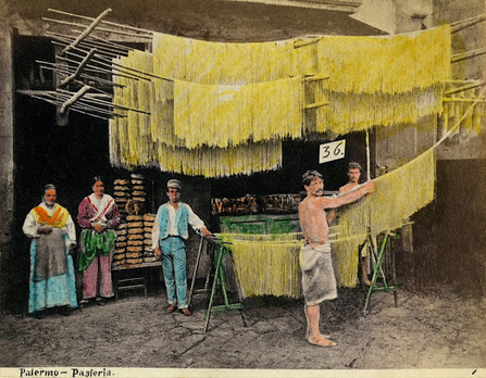 Antichi mestieri e costumi d'Italia - Archivio Alinari | Généal'italie | Scoop.it