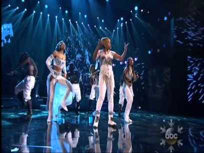 "2013 (AMA Awards) TLC ""WATERFALLS"" with Lil Mama LIVE - YouTube 