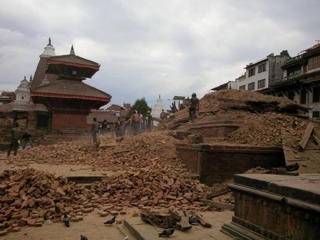 Social Media Becomes a Lifeline in the Nepal Earthquake Aftermath | MarketingHits | Scoop.it
