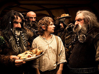 Peter Jackson in talks about possibly turning 'The Hobbit' into a trilogy | EW.com | MyCinema | Scoop.it