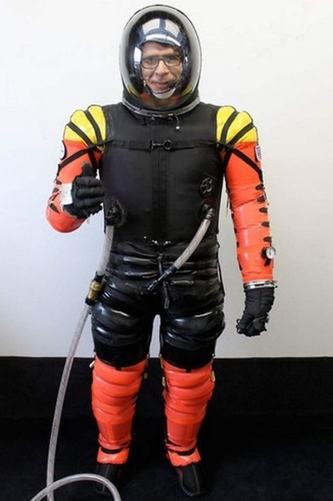 High-Tech Astronaut suit for Space Tourism | Earth in Space | Scoop.it