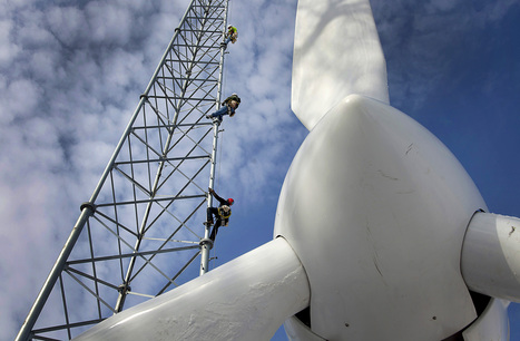 Buffett Ready to Double $15 Billion Solar, Wind Bet   Real Estate Plus+ Daily News   Scoop.it