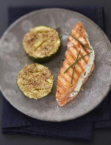 Saumon grillé au fromage frais et à la ciboulette, courgettes au sésame | The Voice of Cheese | Scoop.it