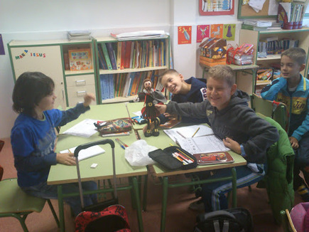 CERVANTES LEARNING ENGLISH WITH KIDS IN 4TH CLASS | Miguel de Cervantes, Spain | Scoop.it