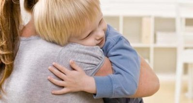Kramlös barndom ger rädsla att röra vid andra - forskning.se | GiP Psykologi | Scoop.it