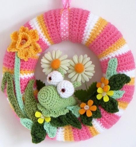 Lazy Daisy Jones: A crochet spring wreath with slug..! | CrochetHappy | Scoop.it