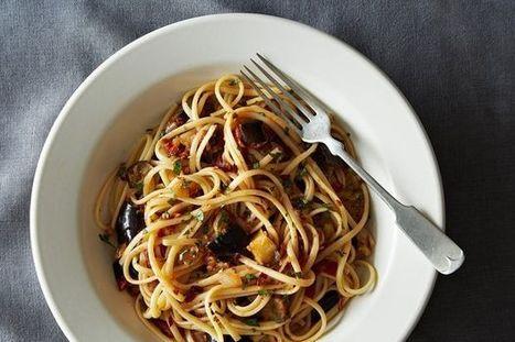 The New Veganism: Spicy Eggplant Pasta | My Vegan recipes | Scoop.it