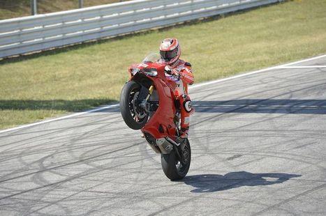 Hayden & Spies take the 1199 R | Ducati news | Scoop.it