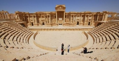 The theatre at Palmyra | LVDVS CHIRONIS 3.0 | Scoop.it