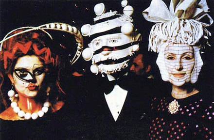 Extraordinary Photos From A 1972 Rothschild Surrealist Dinner Party | Collateral Websurfing | Scoop.it