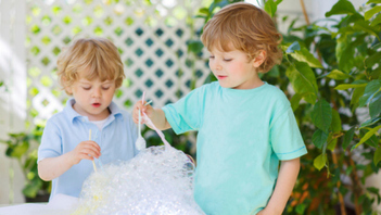 3 Science Experiments To Try Outdoors With Kids This Summer | Homework Helpers | Scoop.it