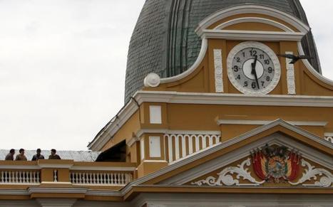 Los relojes que van hacia atrás, el nuevo símbolo del cambio en Bolivia | argentina | Scoop.it