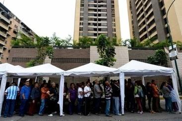 Files d'attente au Venezuela pour soutenir le référendum anti-Maduro | Venezuela | Scoop.it