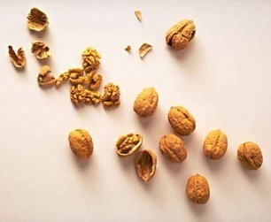 Les news - 20 % de risque de décès en moins en mangeant des noix tous les jours   Régime Paléo   Scoop.it