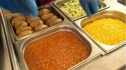 EIS union in ′free school meals for all infants′ call   educació infantil   Scoop.it