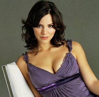 Katharine McPhee Bra Size, Weight, Height, Body Measurements | Celebs Wiki | Celebrities Height, Weight, Bra Size | Scoop.it