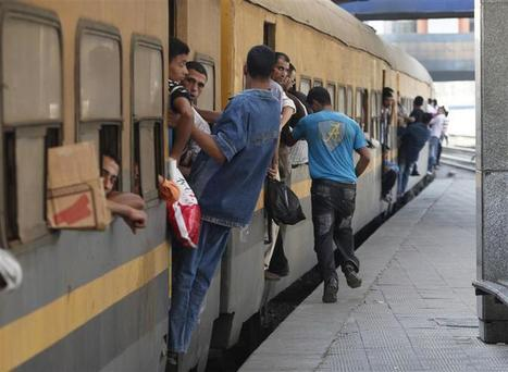 Railway movement halted by protesters in Upper Egypt | Égypt-actus | Scoop.it
