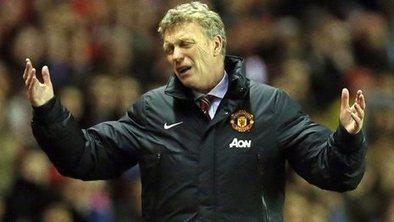 Man Utd boss Moyes upset by referees   football   Scoop.it