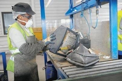 Trop de déchets électroniques échappent encore à la collecte | La-Croix.com | Collect-TIC - Collecte déchets informatiques pour réparer, recycler, valoriser | Scoop.it