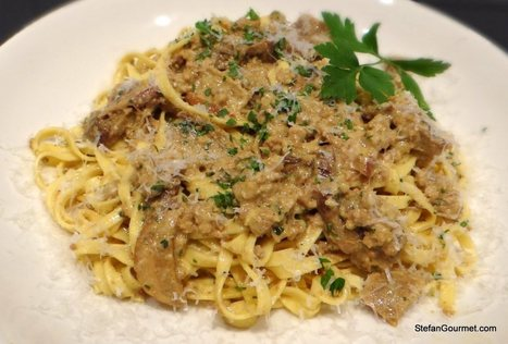 Fettuccine with Porcini, Sausage, and Cream   Le Marche and Food   Scoop.it