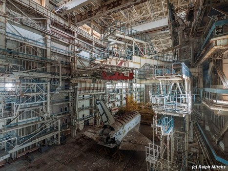 Baikonur's abandoned space shuttles | coolpics | Scoop.it