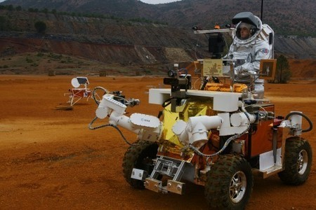 Ford studies space robots to improve car safety - Gizmag | Robotics | Scoop.it