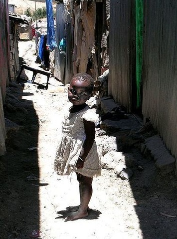 The Crime of Fighting Poverty: Local Currency's Success in Kenya Ends | money money money | Scoop.it