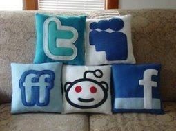 30 Signs Of Social Media Addiction | Media Addiction | Scoop.it