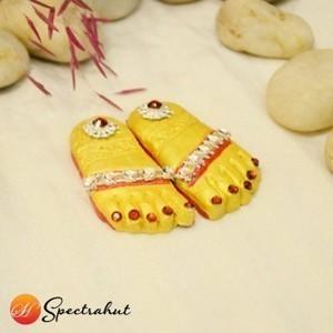 Goddess Laxmi Charan Footprints | MissagiLondon | Scoop.it
