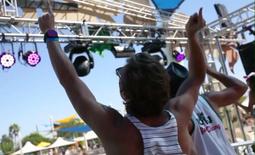Huntington Beach Electronic Music Festival to Go On As Planned - KTLA   The EDM scene   Scoop.it