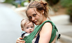 Alicia Silverstone Pre-Chews Food for Son Bear, 10 Months | Fiendish Freaky Foods | Scoop.it