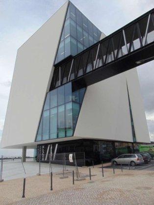 Vila Franca de Xira inaugura Biblioteca Municipal de 5,75 milhões - Público.pt   Xira News   Scoop.it