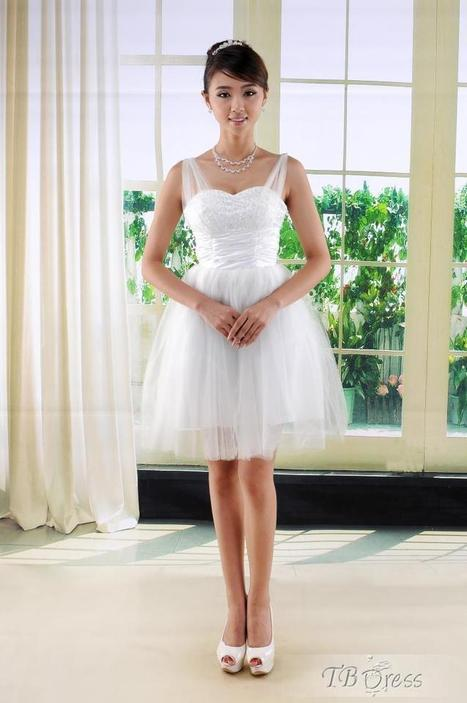 Gorgeous A-Line Mini Spaghetti Straps Wedding Dress | la mode | Scoop.it