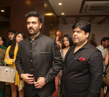 Recent visit of Shilpa Shetty, Harman Baweja and Ayesha Khanna at Kapil&MMonika Showroom in  Lajpat nagar Delhi.   Online Fashion Designer Showroom   Scoop.it