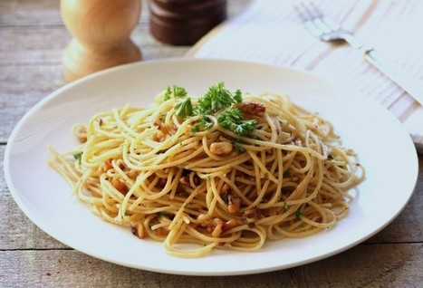 Spaghetti Olio with Walnuts | Food for Foodies | Scoop.it