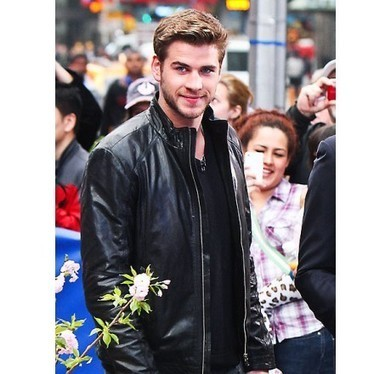 Become fashion icon with Liam Hemsworth Swagger jacket | Unique collection of celebrity jackets its now | Scoop.it