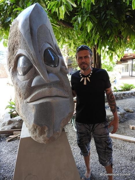 La nouvelle sculpture de Teva Victor trône devant la Maison de la Culture | Tahiti Infos | Kiosque du monde : Océanie | Scoop.it