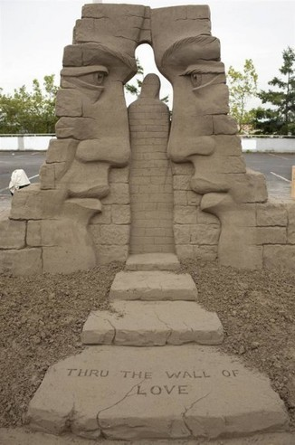 Sand Art : Un grain de sable artistique - MOGWAII | mogwaii.fr | Scoop.it