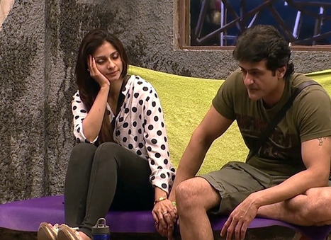 Bigg Boss 7: Tanisha Mukherjee proposes to Armaan Kohli - Page 3 News | Movies & Entertainment News | Scoop.it