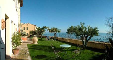 Casa Pazzi Grottammare: sophisticated stay in Le Marche | Le Marche Properties and Accommodation | Scoop.it