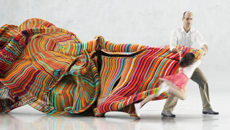 Watch As Dancers Leave Sculptures In Their Wakes | Music, Theatre, and Dance | Scoop.it