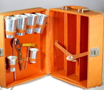 Vintage 1960s Portable Bar Case Liquor Case With Accessories | Vintage Passion | Scoop.it
