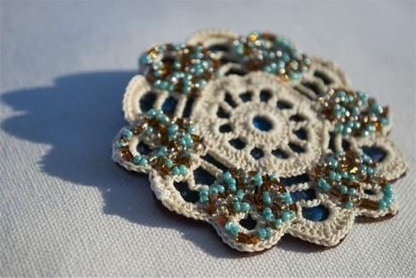 Vintage Crochet Doily Brooch   1001 Recycling Ideas !   Scoop.it