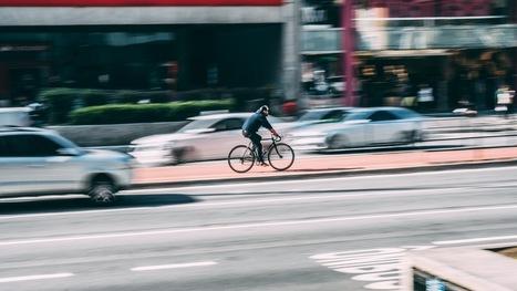 Les voitures autonomes de Google savent reconnaître les gestes des cyclistes - Sciences - Numerama   Pulseo - Centre d'innovation technologique du Grand Dax   Scoop.it