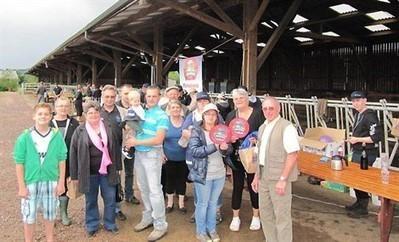 Graindorge : Les parrains de vaches normandes se sont retrouvés à la ferme | The Voice of Cheese | Scoop.it